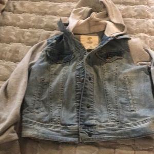 Girls jean jacket w knit hood and sleeves